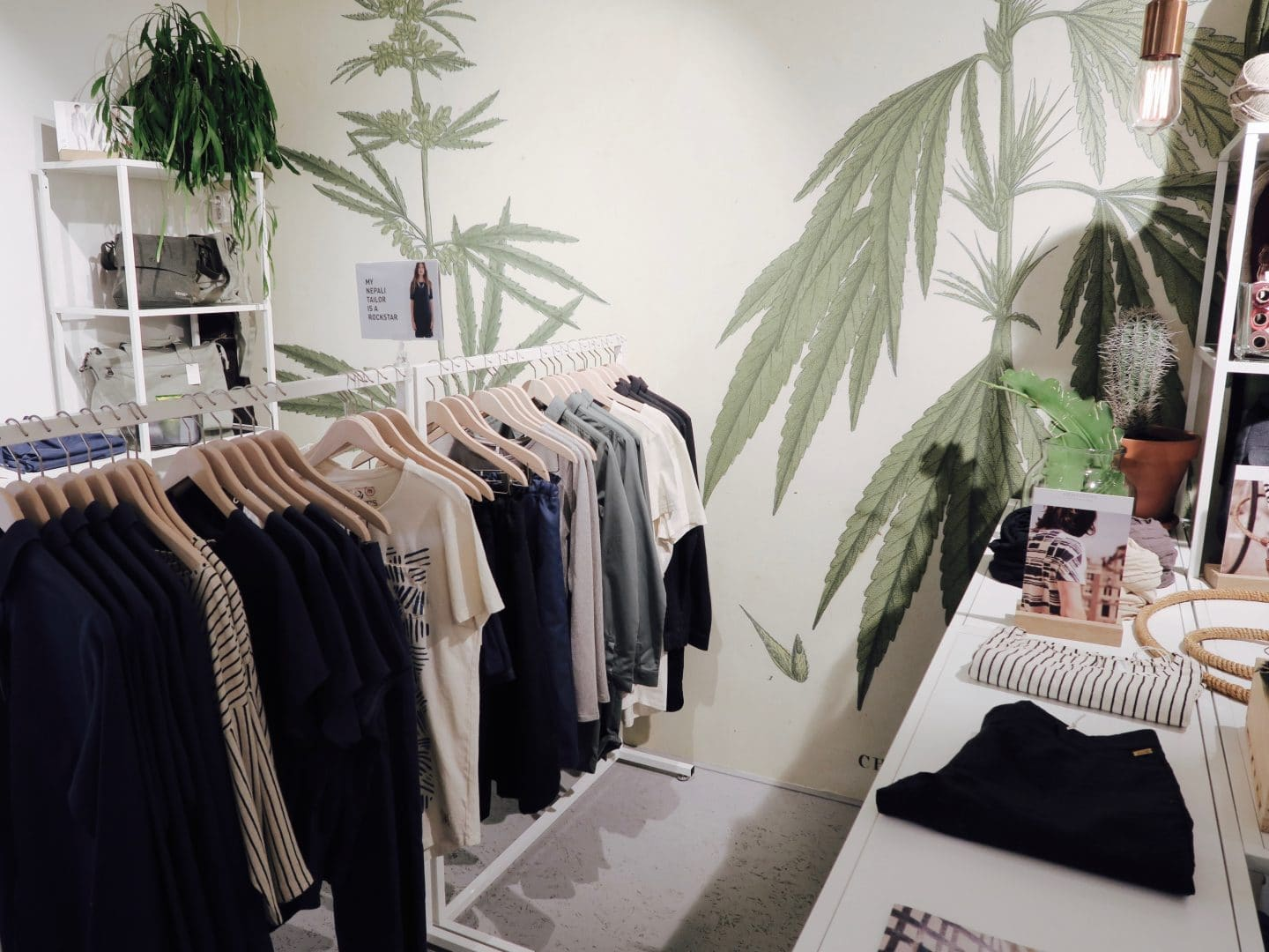 Hemp clothing at Hempstory