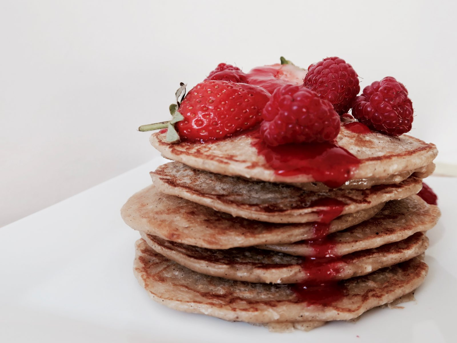 Berry Bright Blinis