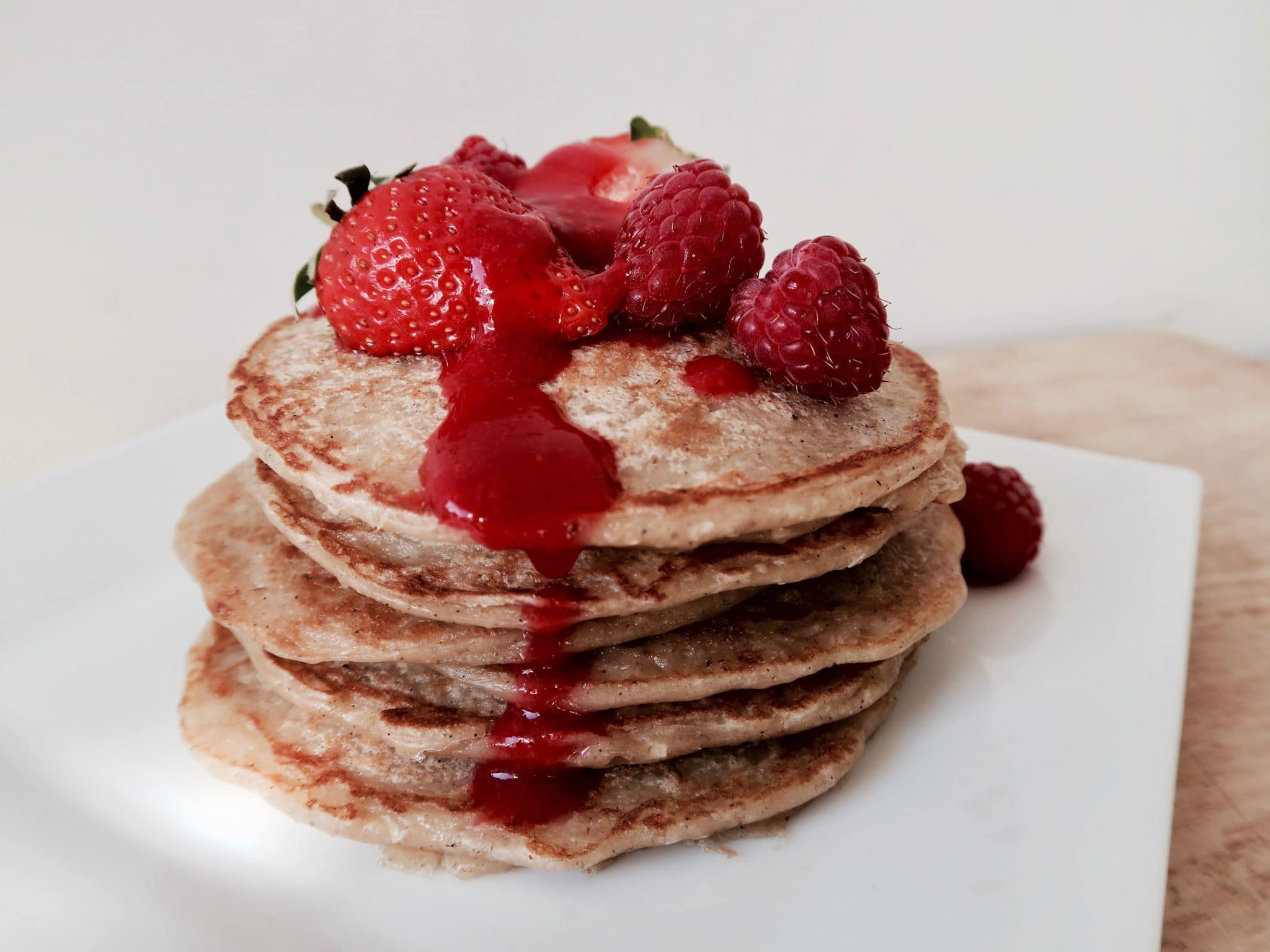 Plantbased Berry and Banana Blinis