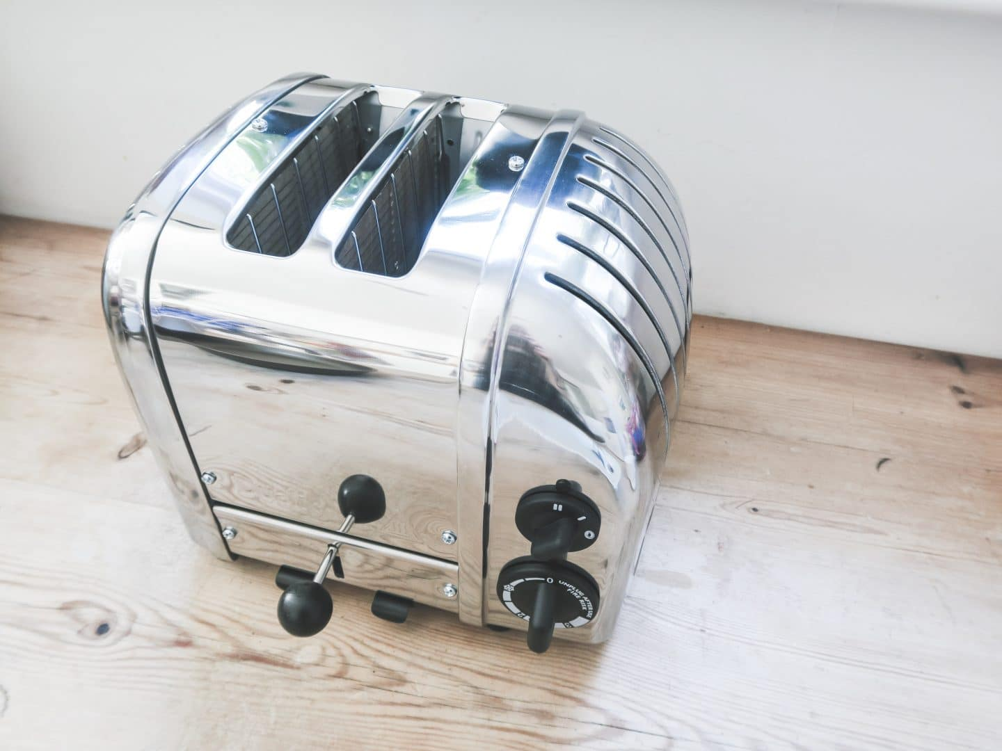 Dualit Classic Toaster | Curiously Conscious