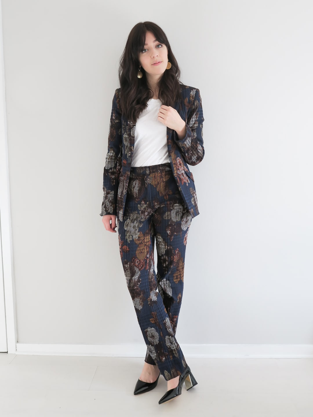 How To Pull Off a Womens Floral Suit | Curiously Conscious