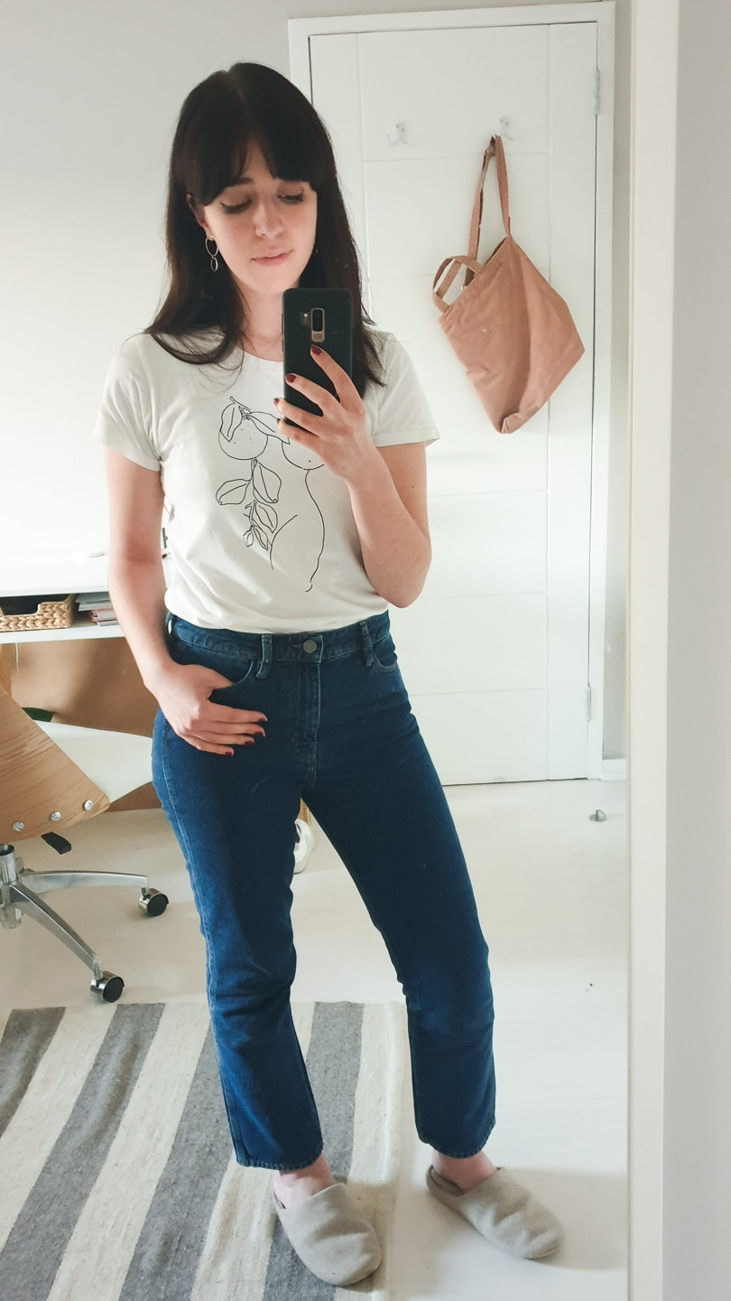 Besma in white Nude Orange t-shirt with blue jeans