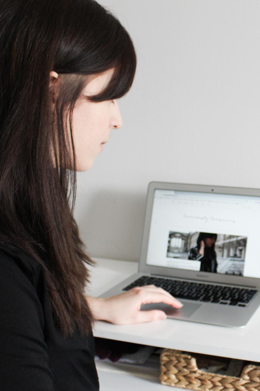 Besma using laptop