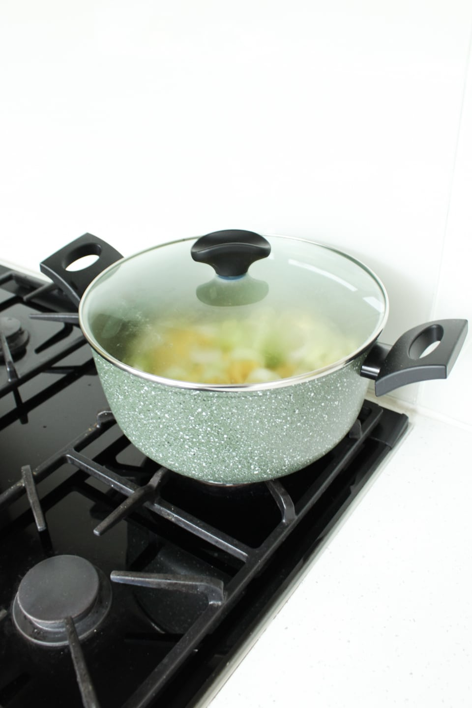 Steaming vegetables in Prestige Eco Cookware